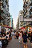 香港- 2018年8月8日:香港旺角市场拥挤wi 库存照片