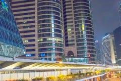 香港- 2014年4月:香港全景在晚上 使用一l 库存图片