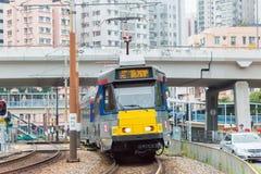 香港- 2015年12月03日:香港MTR光路轨 操作的系统 库存图片