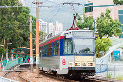 香港- 2015年12月03日:香港MTR光路轨 操作的系统 库存照片