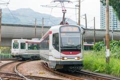 香港- 2015年12月03日:香港MTR光路轨 操作的系统 免版税库存图片