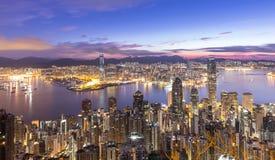 香港- 2015年8月02日:高峰香港地平线cityscap 免版税库存照片