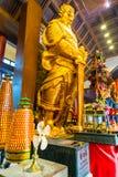 香港- DECTEMBER 17日2017年:车公Kung道士寺庙的香客在沙公锡,香港 道教是信仰PR一个特别方式  免版税图库摄影