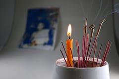 香火蜡烛崇拜 库存图片