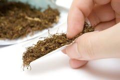 香烟滚 免版税库存照片