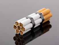 从香烟的炸药 库存图片