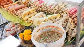 香肠用品种丸子和作为糖醋辣调味汁 免版税库存图片