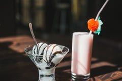 香草冰淇淋 免版税库存图片