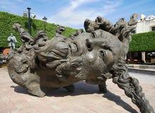 香草头,是雕刻的工作由艺术家哈维尔Marinrin在克雷塔罗墨西哥 库存照片
