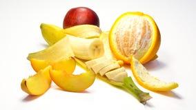 香蕉、桔子和桃子 库存照片