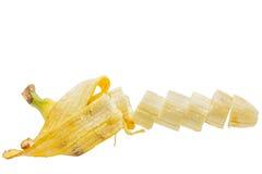 香蕉切与果皮 免版税库存照片