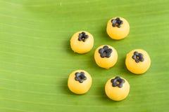 香蕉叶子的泰国沙漠 免版税库存照片