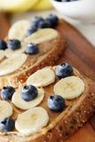 香蕉和蓝莓 免版税库存照片