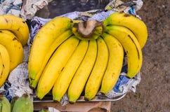 香蕉在市场上 免版税库存照片