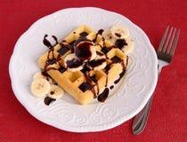 香蕉巧克力奶蛋烘饼 免版税库存照片