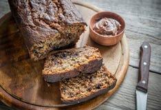 香蕉巧克力面包大面包与巧克力奶油的 免版税图库摄影