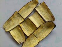 香蕉皮和装饰 库存照片