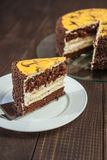 香蕉蛋糕用巧克力 免版税库存图片