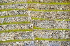 马丘比丘,库斯科地区,秘鲁2013年6月4日:15世纪印加人城堡马丘比丘的住宅区的细节 库存照片