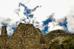 马丘比丘,库斯科地区,秘鲁2013年6月4日:15世纪印加人城堡马丘比丘的住宅区的细节 免版税库存图片