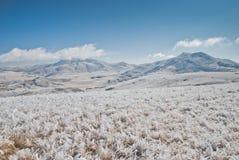 马其顿草甸和山 免版税库存图片