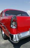 马力强大的红色汽车 图库摄影