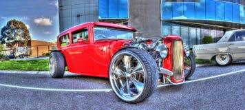 马力强大的红色汽车 库存照片