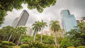 马卡蒂在马尼拉大都会,菲律宾 区的摩天大楼 库存照片
