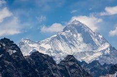马卡鲁峰山峰,珠穆琅玛地区,尼泊尔 库存照片