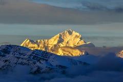 马卡鲁峰峰顶 库存照片