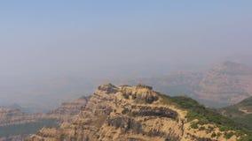 马哈巴莱斯赫瓦尔在孟买附近的小山驻地 影视素材