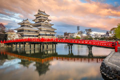 马塔莫罗斯城堡马塔莫罗斯jo,日本首要的历史的城堡在easthern本州,马塔莫罗斯石牌, Chubu地区,长野 免版税库存照片