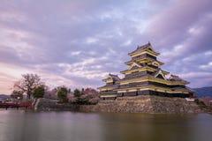 马塔莫罗斯城堡马塔莫罗斯jo,日本首要的历史的城堡在easthern本州,马塔莫罗斯石牌, Chubu地区,长野 免版税库存图片