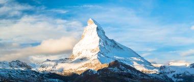 马塔角峰顶,策马特,瑞士 免版税库存照片