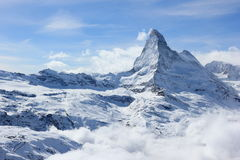 马塔角的看法从Rothorn山顶驻地的 瑞士阿尔卑斯,瓦雷兹,瑞士 免版税库存图片