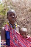 马塞人妇女和孩子画象  免版税库存照片