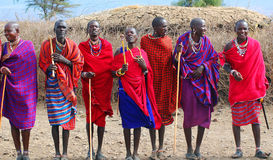 从马塞人部落的非洲人民 图库摄影