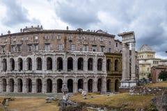 马塞勒斯废墟Teatro马尔塞洛剧院-罗马,意大利 免版税图库摄影
