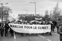 马尔什倾倒Le Climat行军在法国stre之上的抗议示范 免版税图库摄影