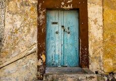 马尔他老蓝色门在拉巴特市 免版税库存照片