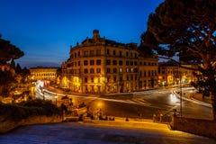 马尔塞洛剧院和交通足迹通过马尔塞洛 免版税库存照片