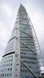 马尔摩,瑞典- 2017年5月31日:圣地牙哥・卡拉特拉瓦设计的转动的躯干是高楼在斯堪的那维亚 免版税库存图片