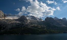 马尔莫拉达山,意大利冰川  图库摄影