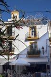 马尔韦利亚老镇太阳海岸的安达卢西亚,西班牙 免版税库存图片