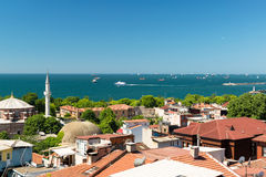 马尔马拉海,从伊斯坦布尔的看法 库存图片