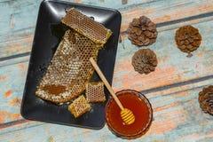 马尔马里斯港杉木蜂蜜 库存图片