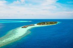 马尔代夫印度洋-在海岛上的旅馆 库存图片