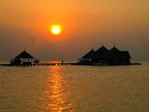 马尔代夫海滩日落 库存照片