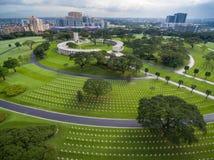 马尼拉美国公墓和纪念品 位于博尼法西奥堡,达义市市,马尼拉大都会 它有grav的大数 免版税库存图片