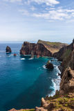 马德拉岛山和峭壁 免版税库存图片